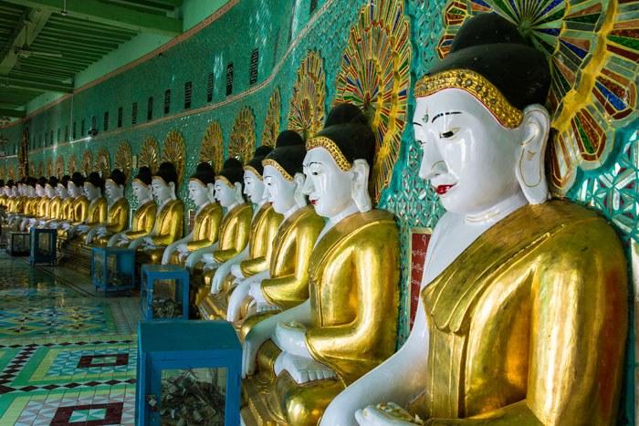 Mandalay Buddhas