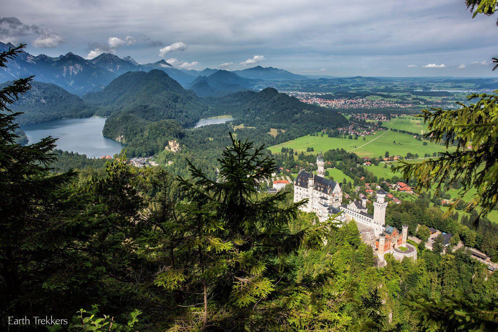 Over Neuschwanstein