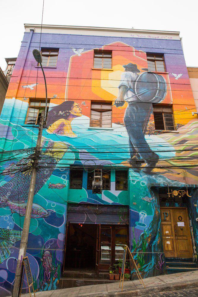 Colorful Building Valparaiso