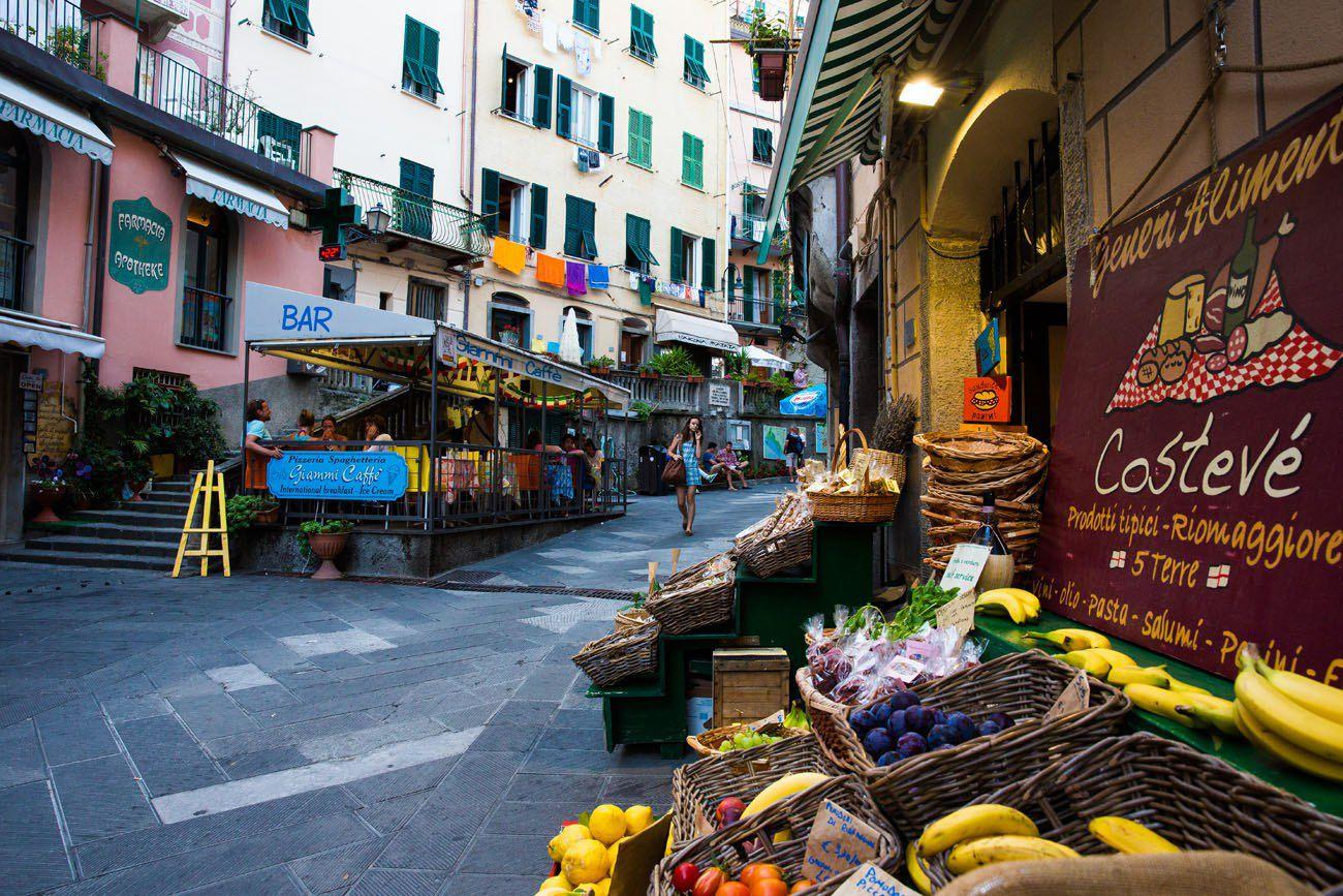 Riomaggiore Market