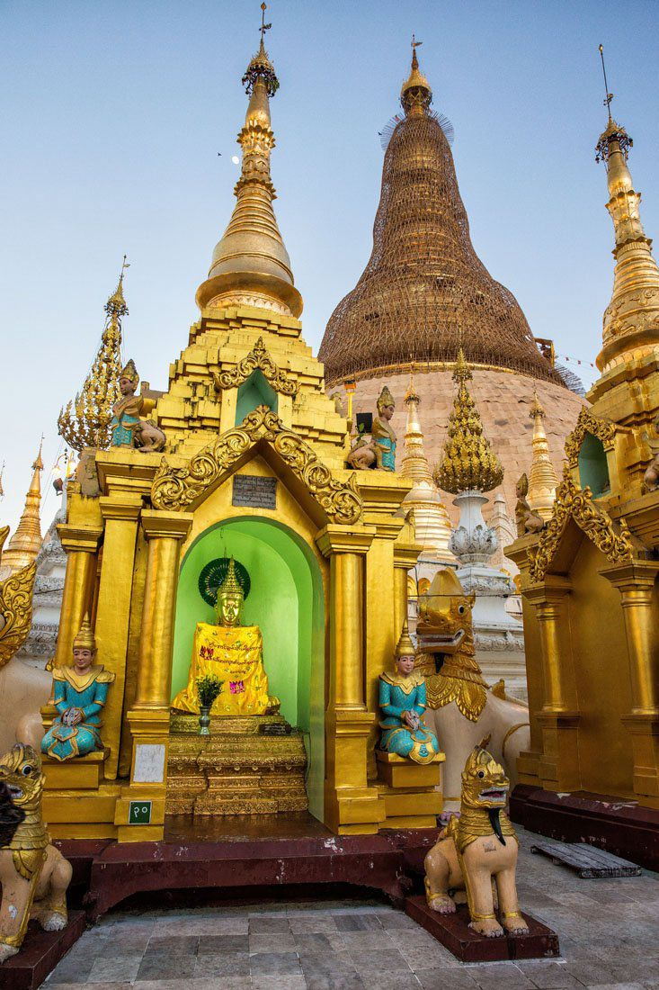 Shwedagon Pagoda Temples