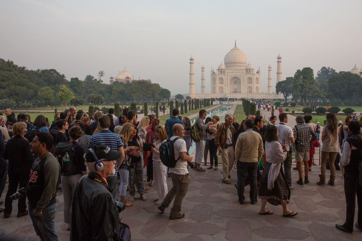 Crowds at Taj Mahal