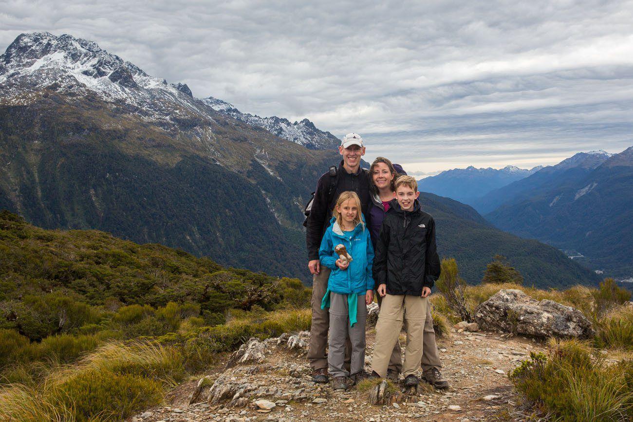 Earth Trekkers Hiking