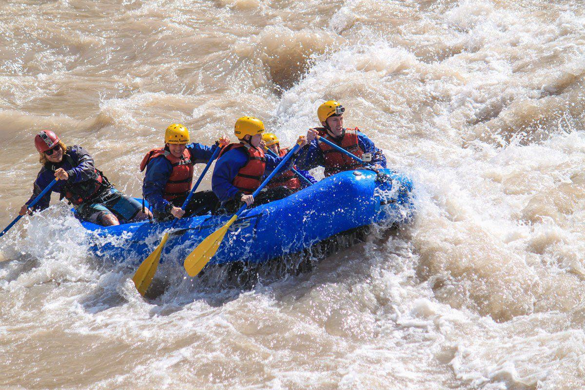 Earth Trekkers White Water Rafting
