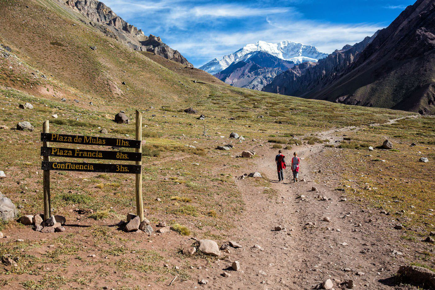Hiking to Confluencia Aconcagua