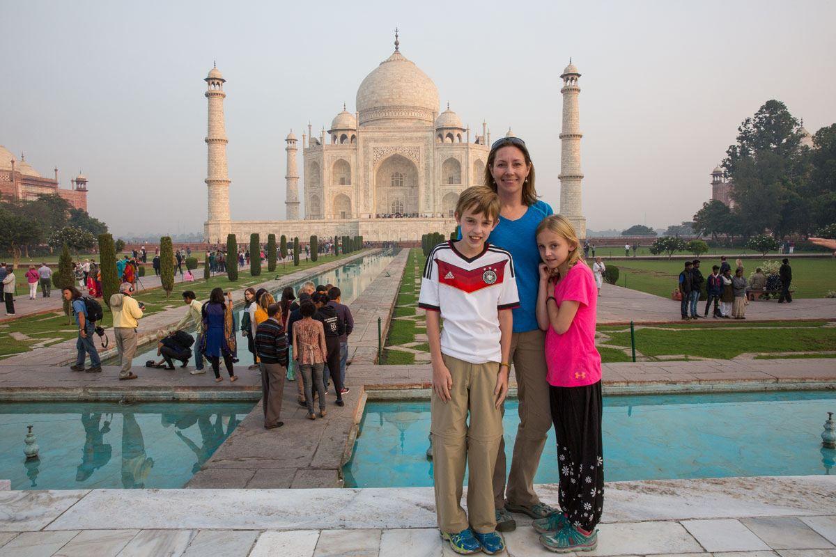 Julie Tyler Kara Taj Mahal