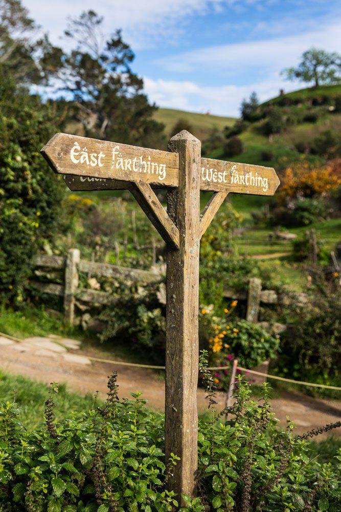 Sign Hobbiton