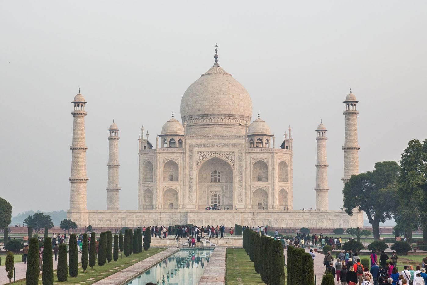 Taj Mahal Earth Trekkers