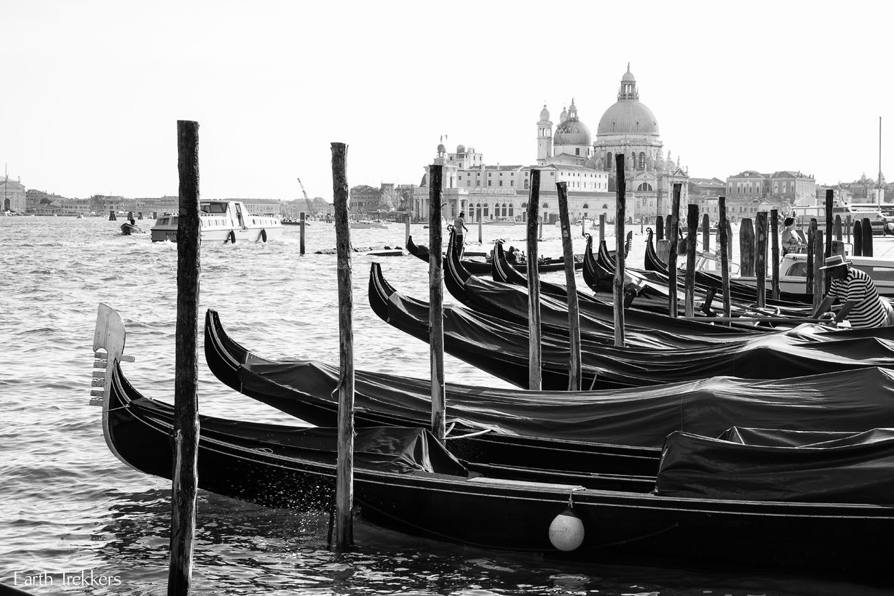 Gondolas Black and White