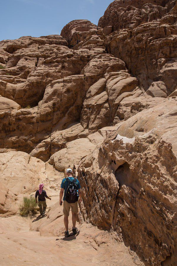 Hiking Jordan Wadi Rum