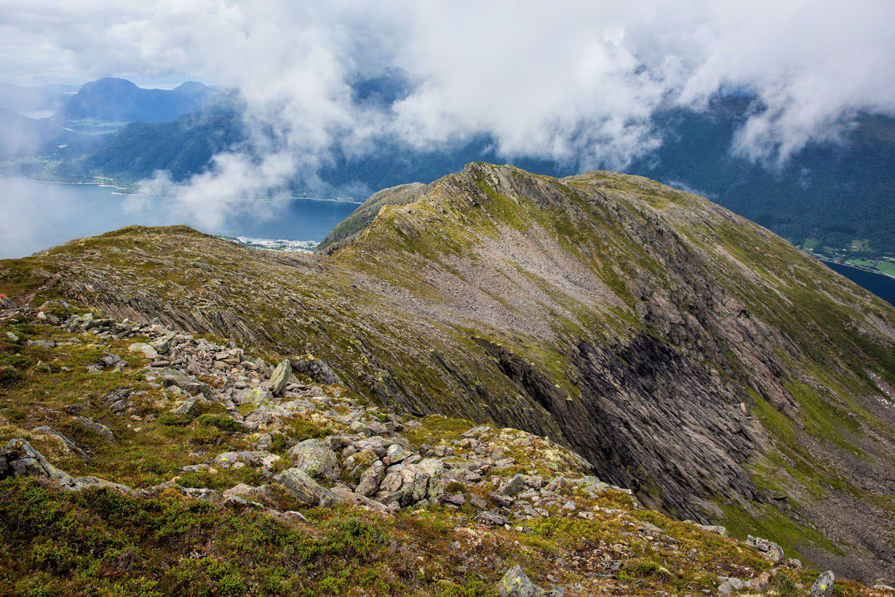 Romsdalseggen Ridge Norway itinerary