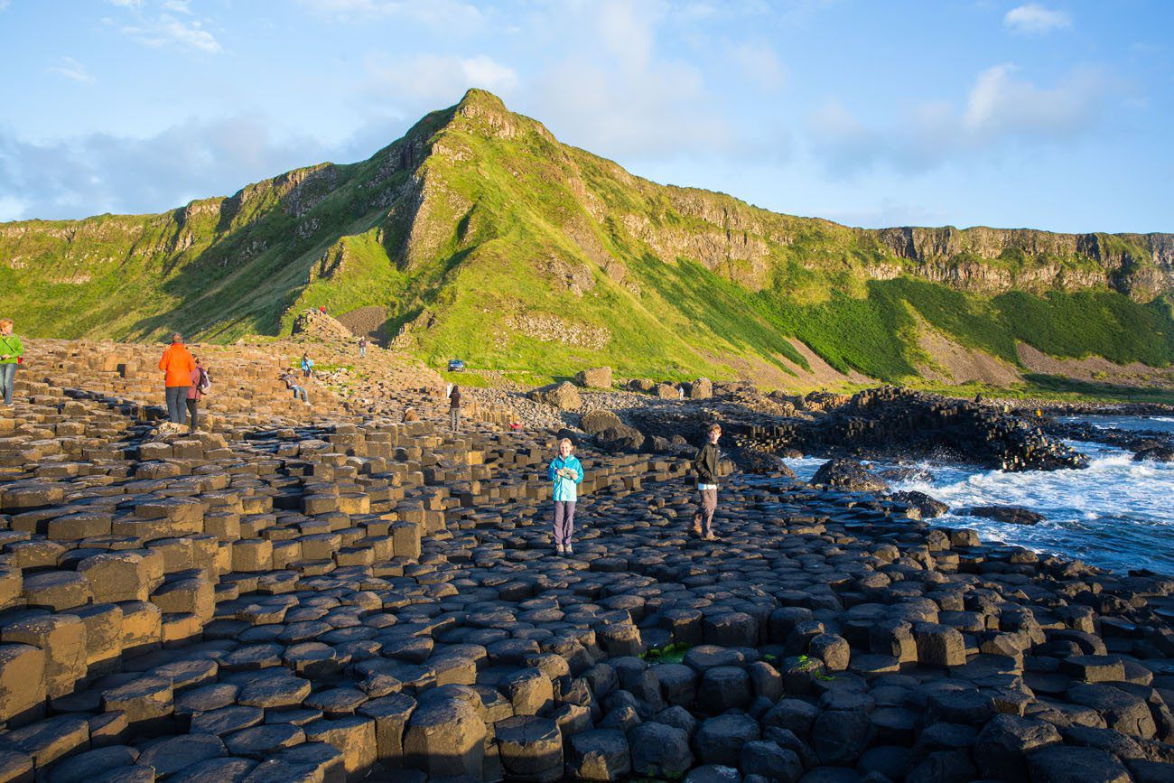 How to Visit Giants Causeway