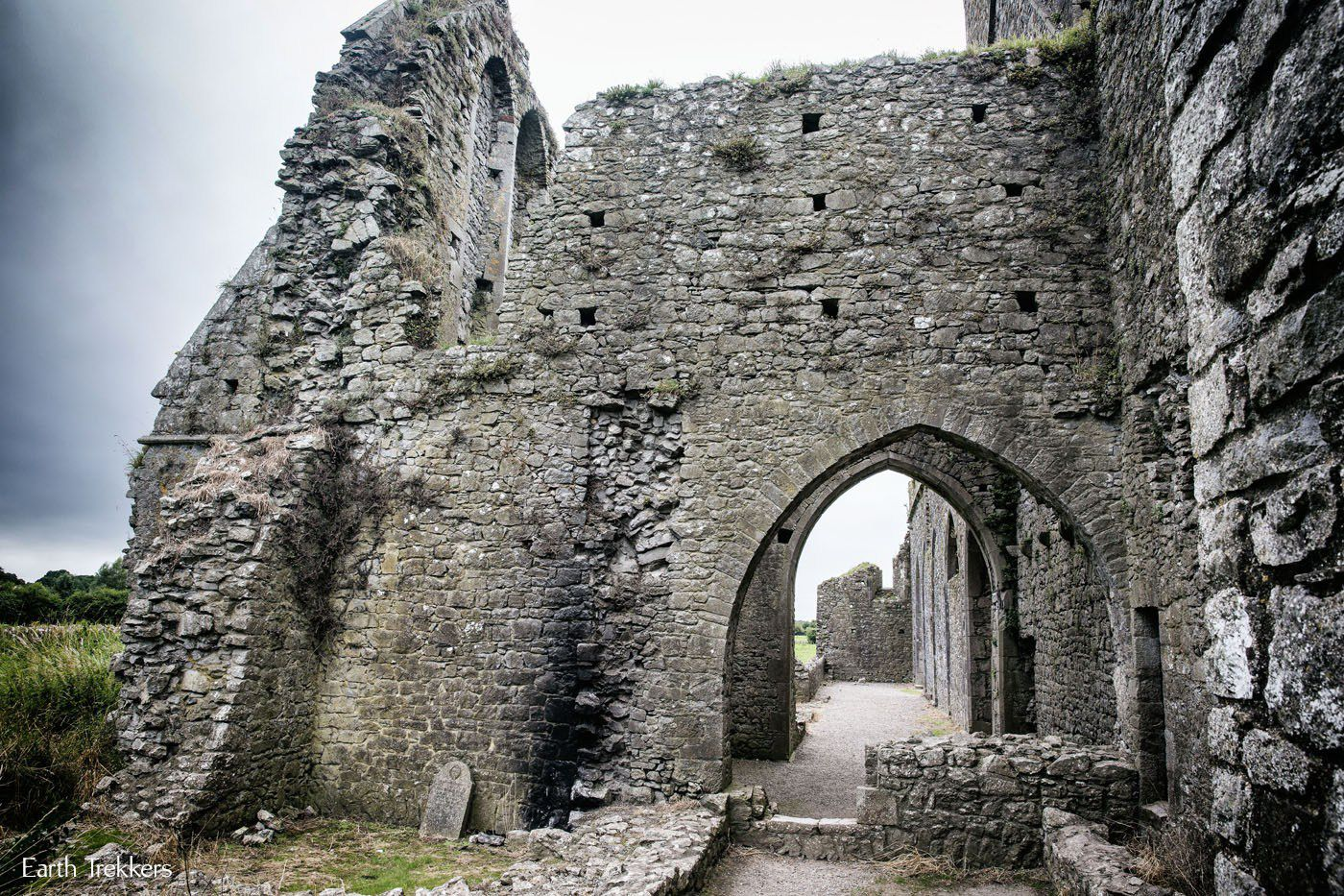 How to Visit Hore Abbey