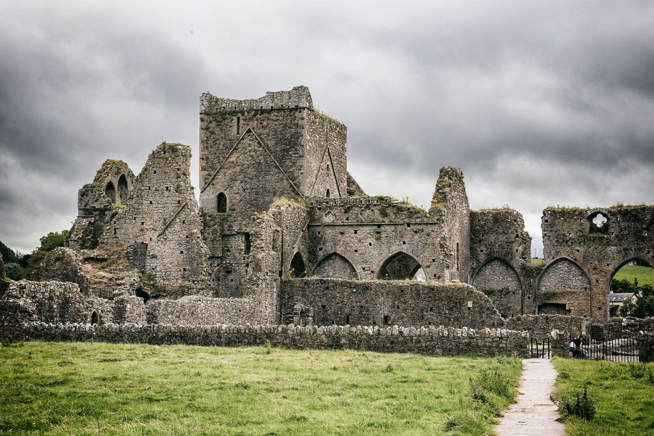 Photographing Hore Abbey