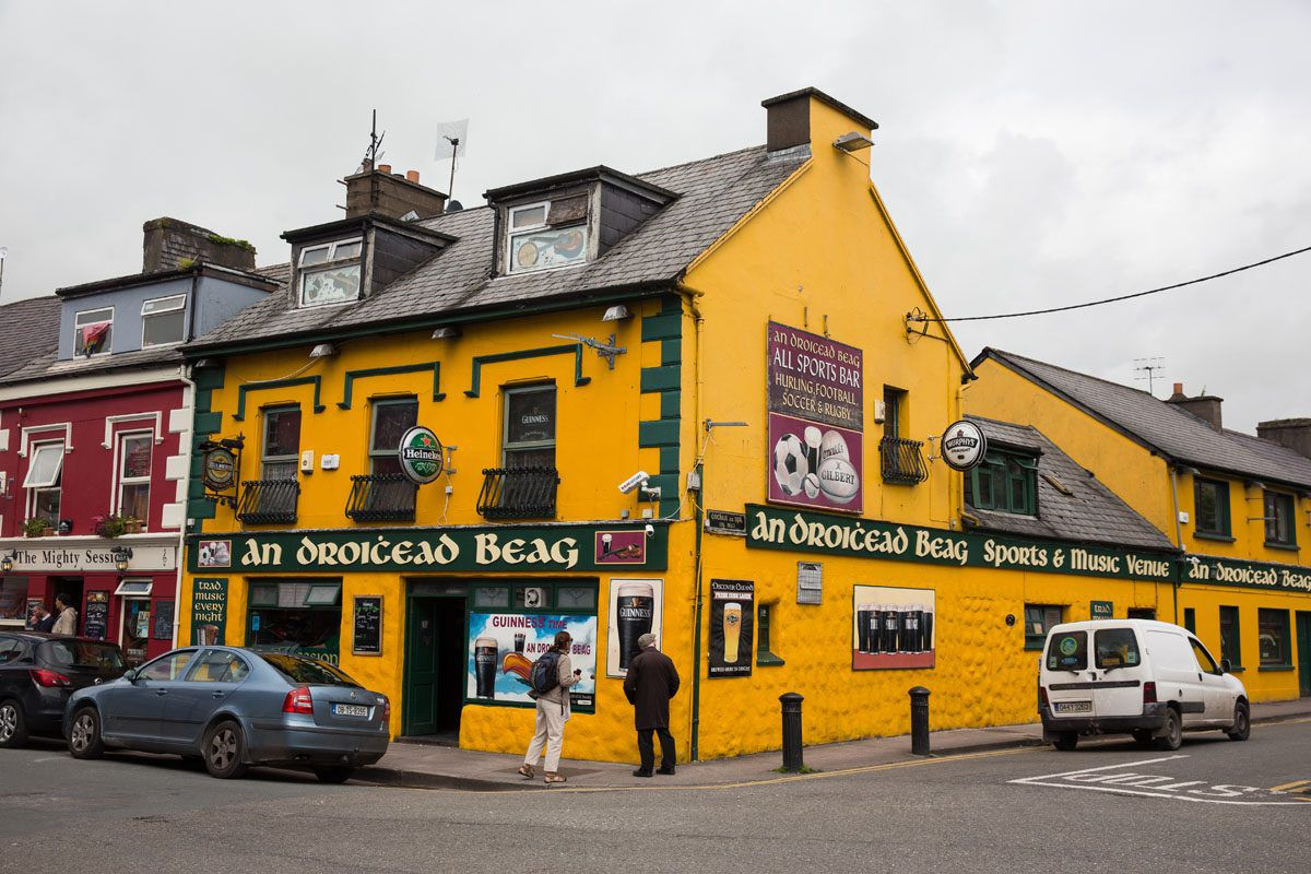 Pub in Dingle