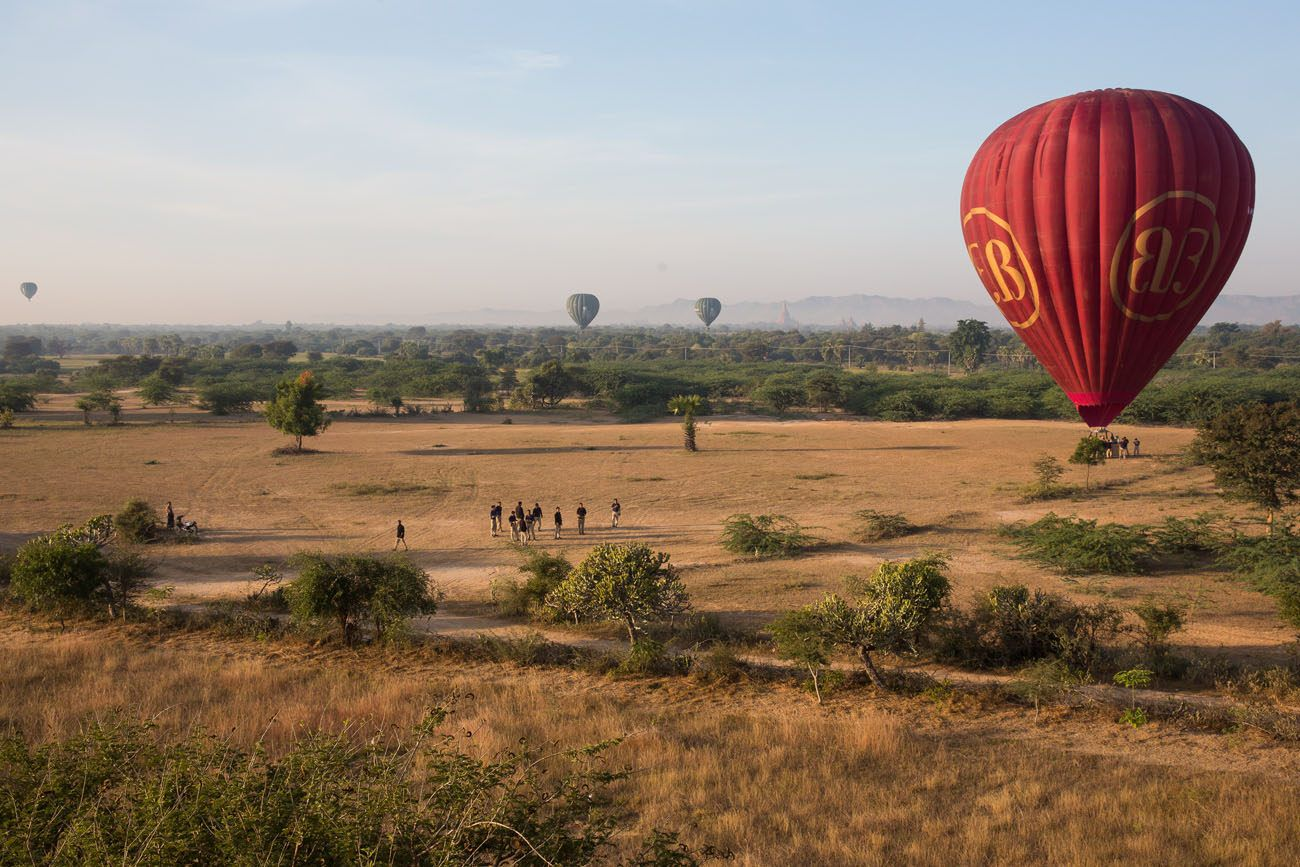 Bagan Balloon landing