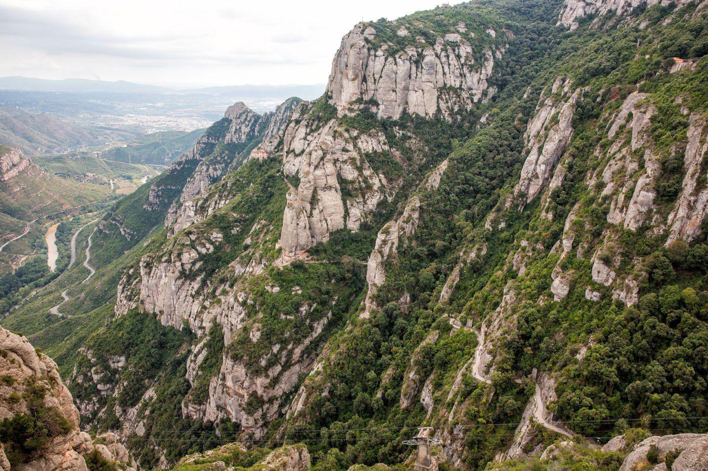Montserrat Santa Cova Trail