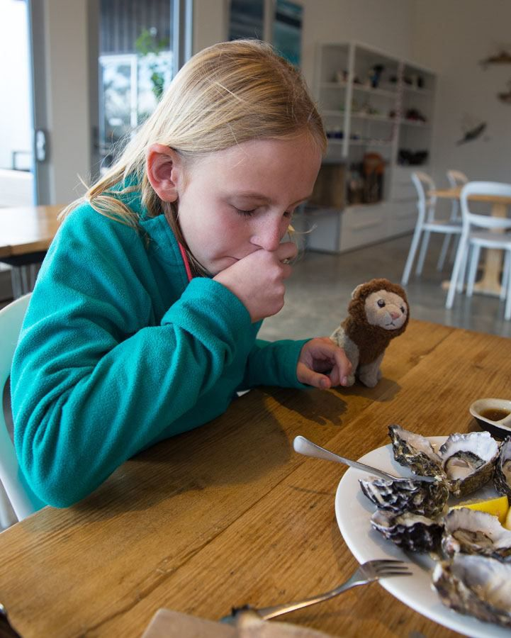 Kara eating oysters