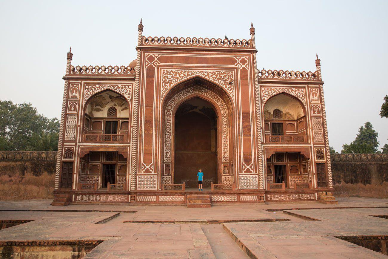 Tyler Agra India
