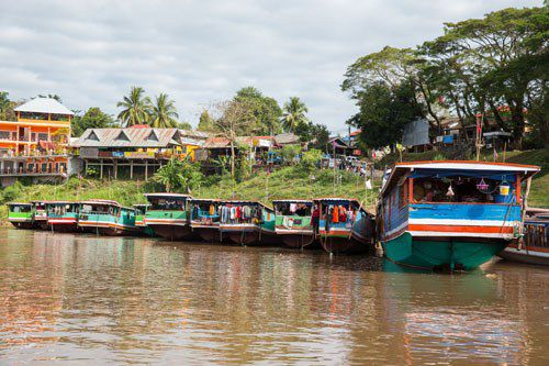 Slow Boats Laos