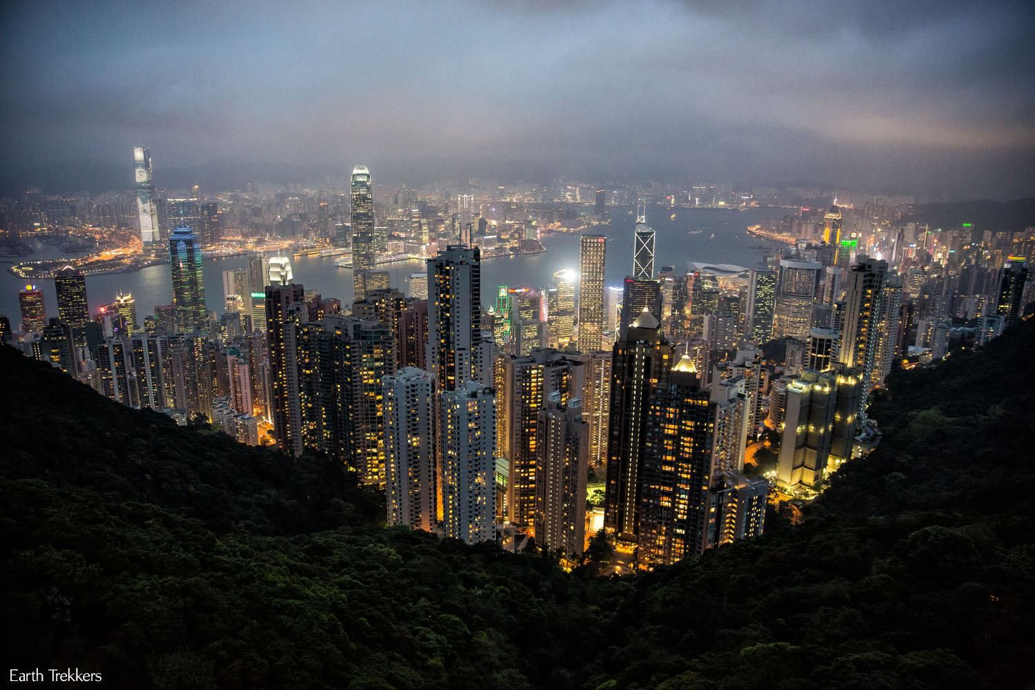 Victoria Peak night