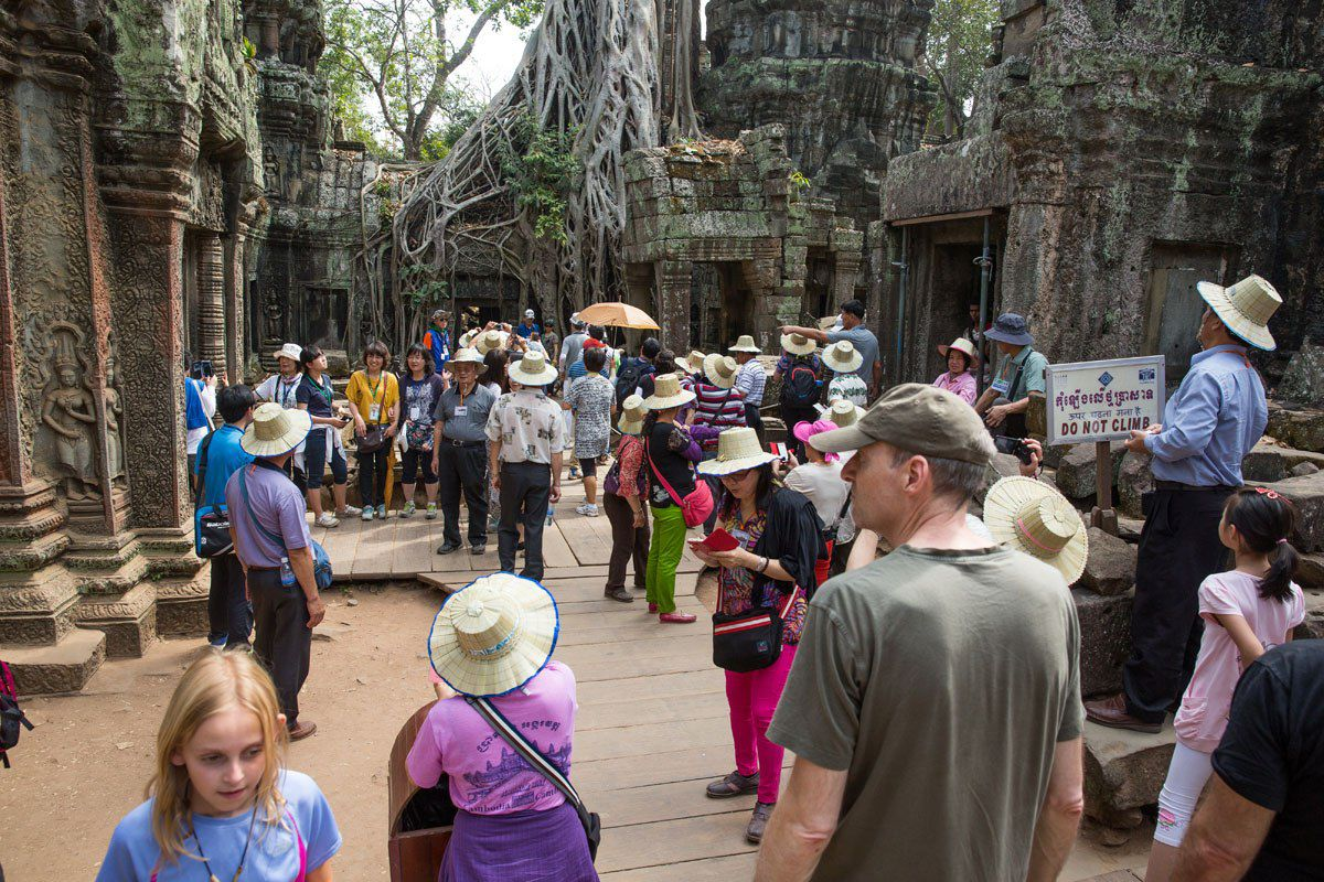 Crowds at Ta Prohm