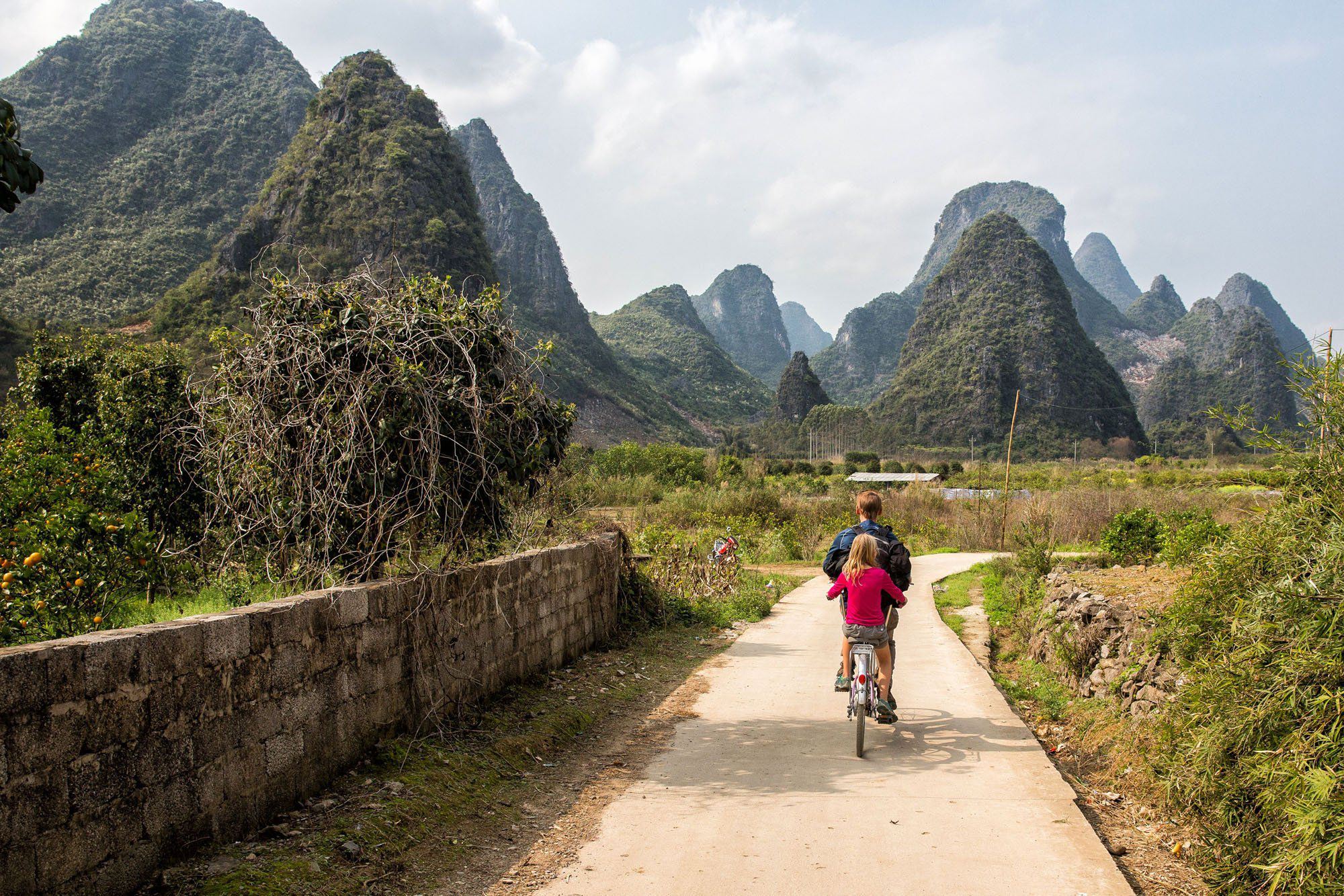 Cycling Li River Valley with kids
