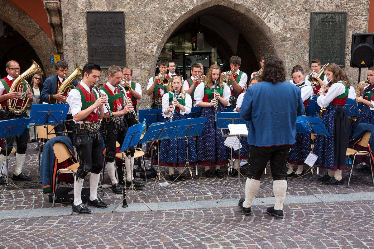 Innsbruck street performers