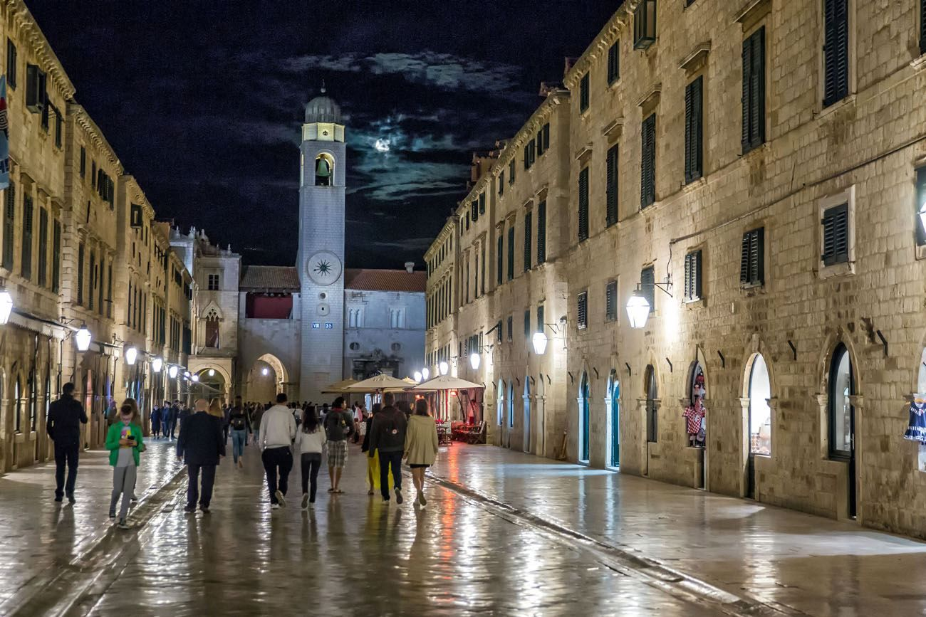 Dubrovnik at Night balkan peninsula itinerary
