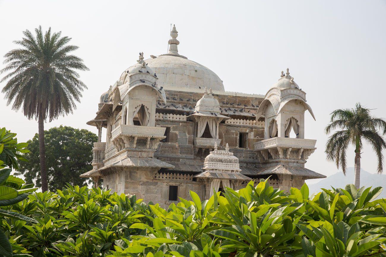 Jagmandir Island Building
