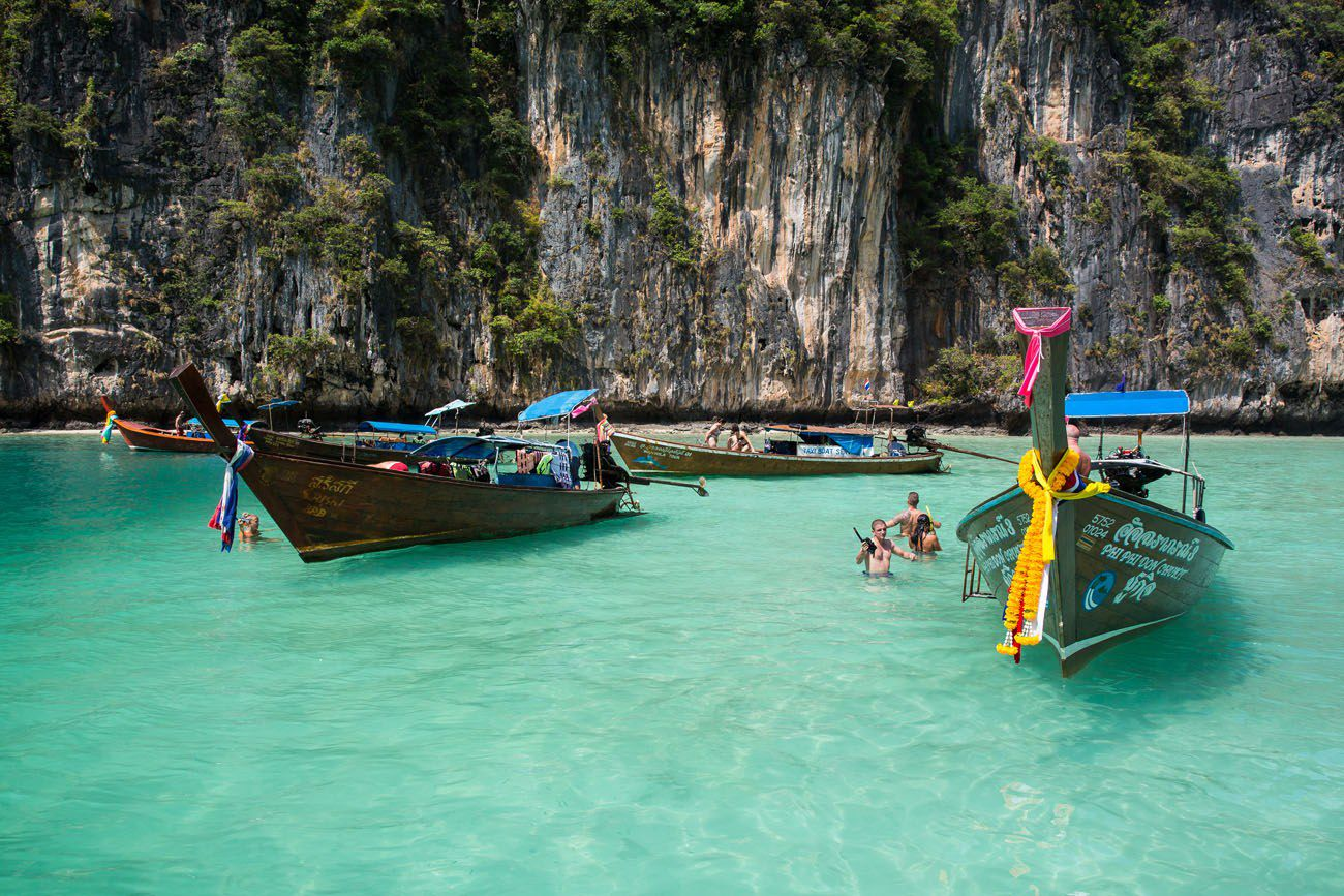 Boats in Pileh Bay