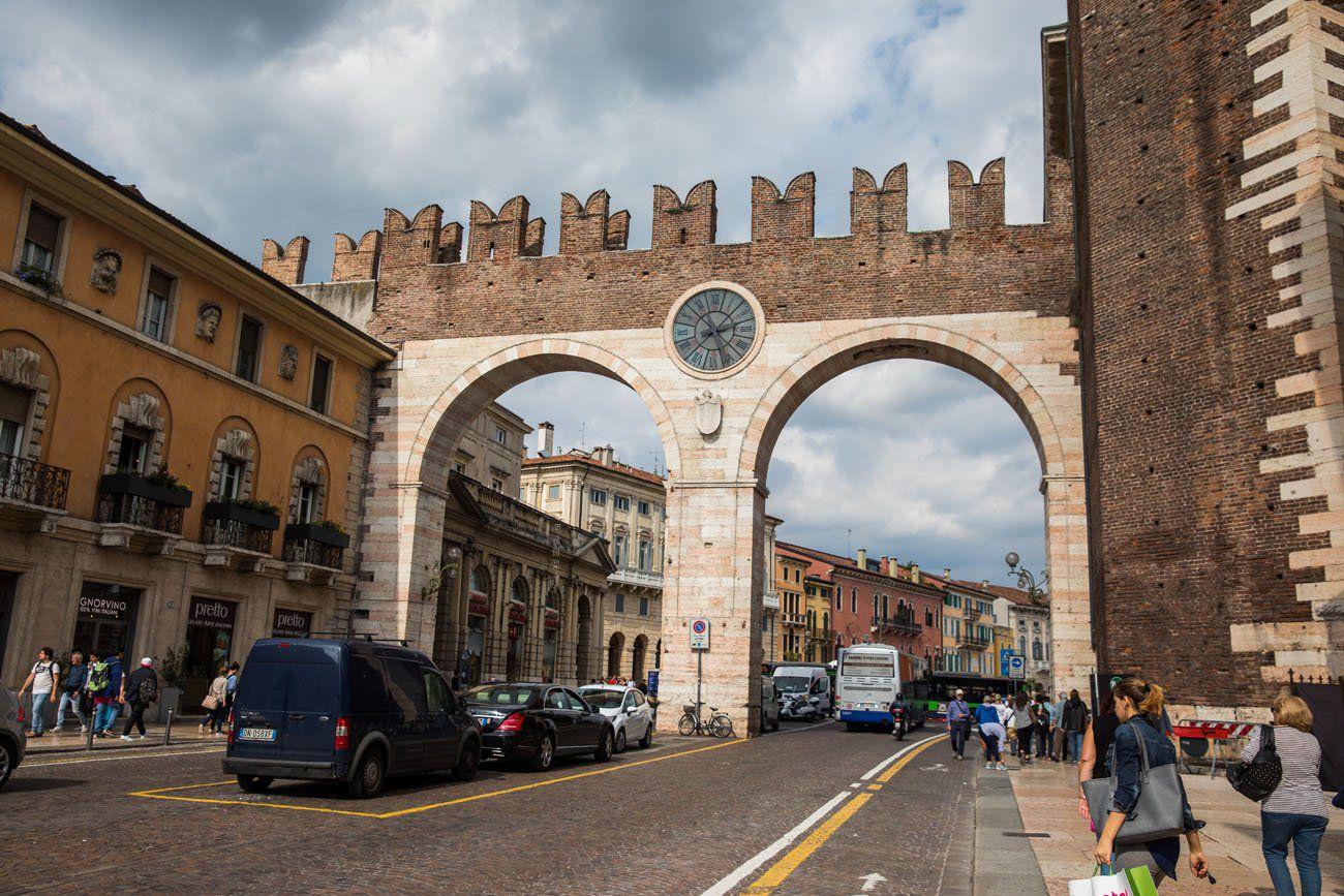 Verona Centro Storico Entrance