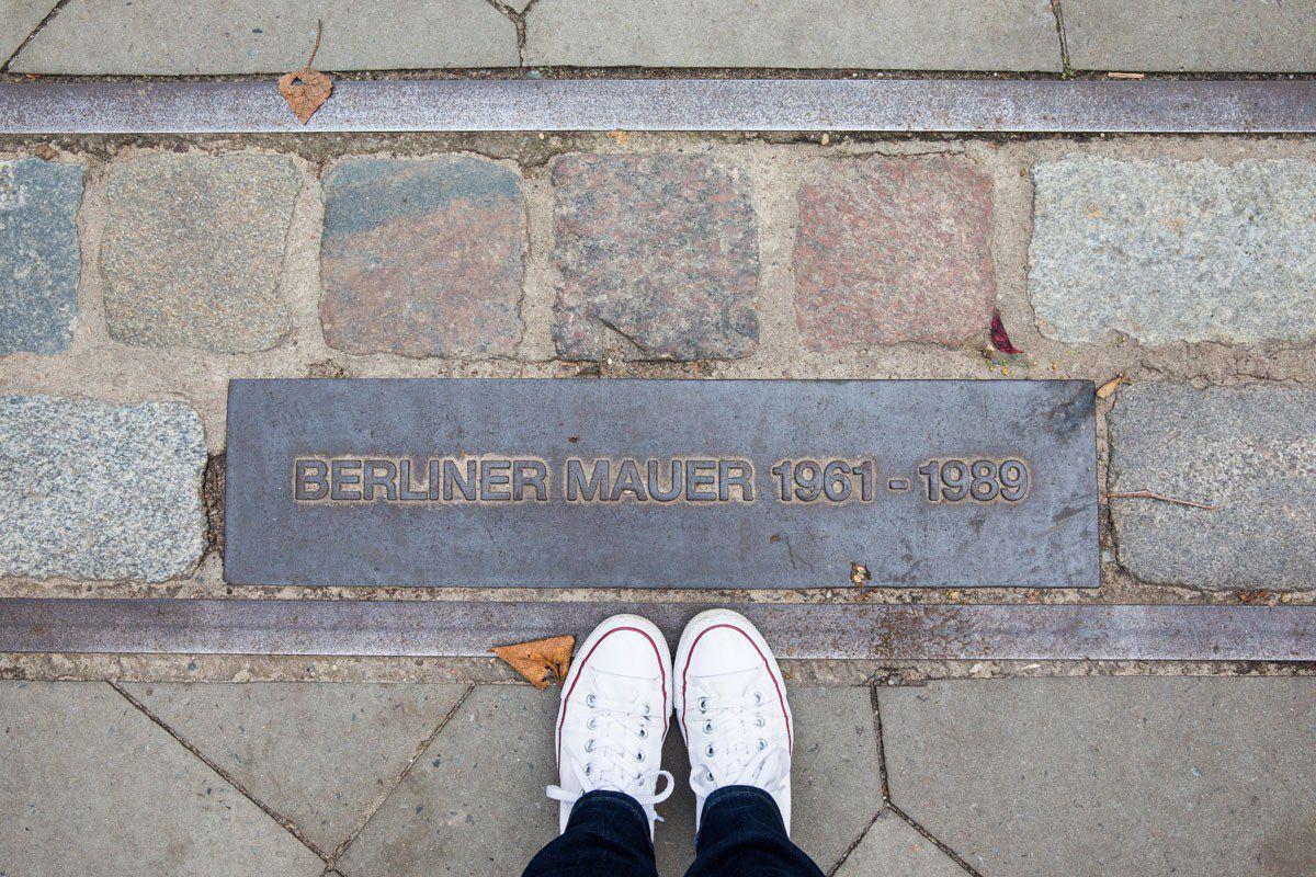 Berliner Mauer Line