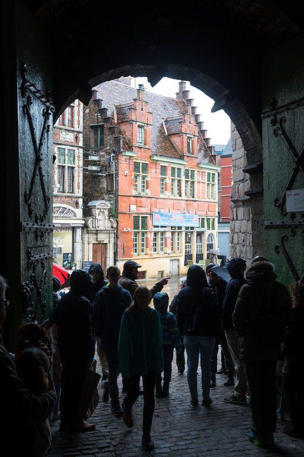 Gravesteen Entrance