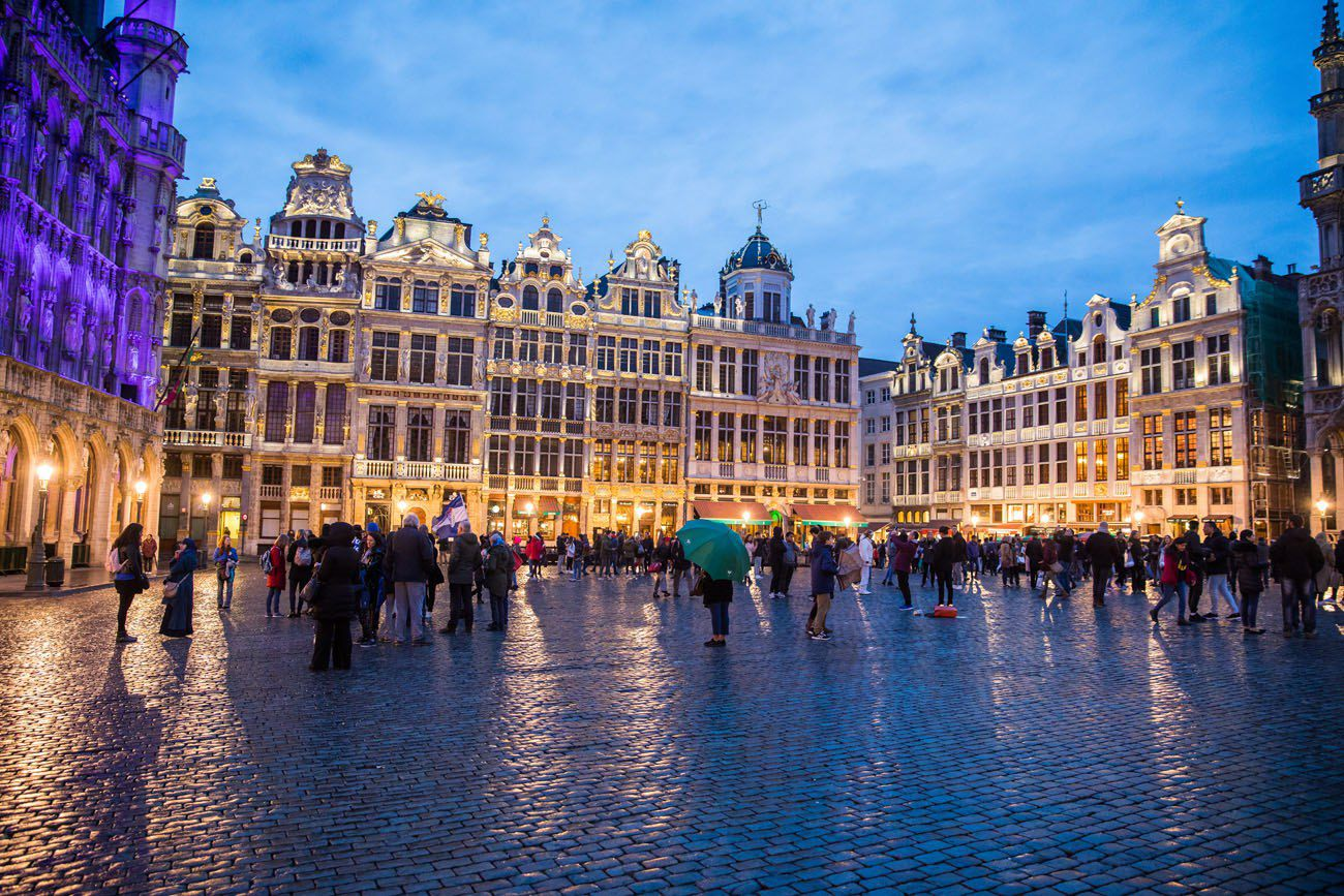Grote Markt Brussels chocolate tour