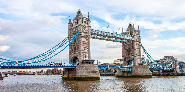10 Day London Paris Itinerary | Earth Trekkers