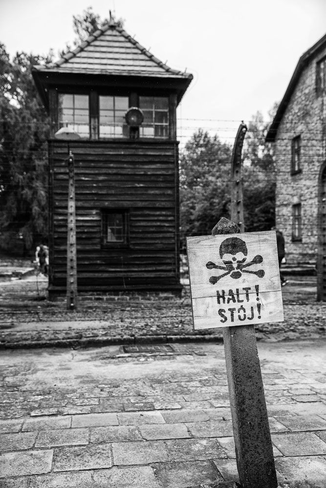 Auschwitz Halt Sign