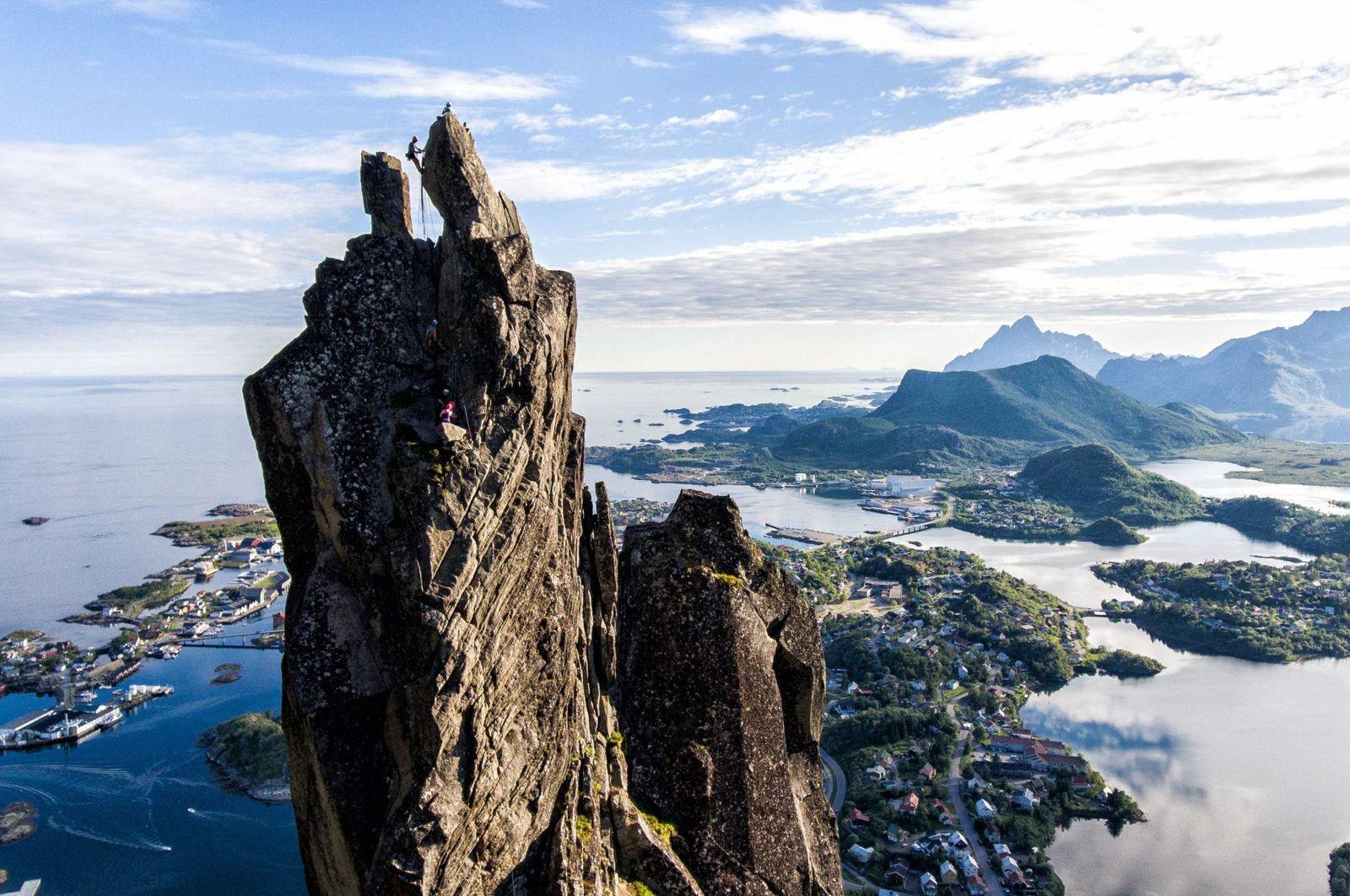 Svolveargeita Rock Climb