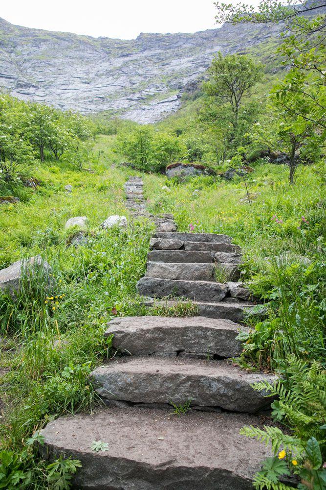 Sherpa Steps Reinebringen