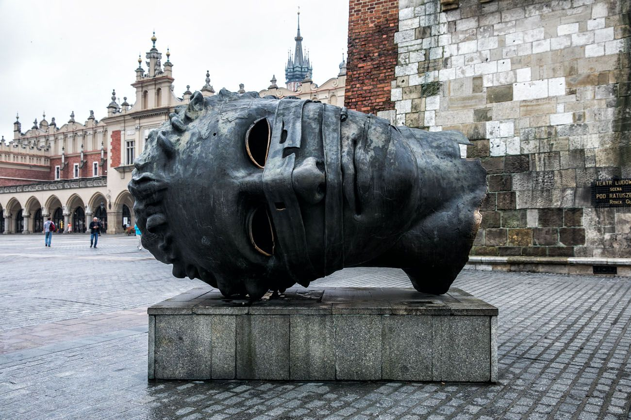 Gigantic Head Krakow