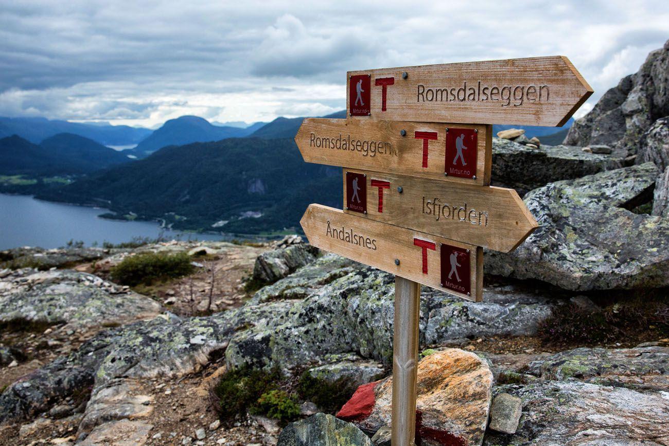 Romsdalseggen Ridge