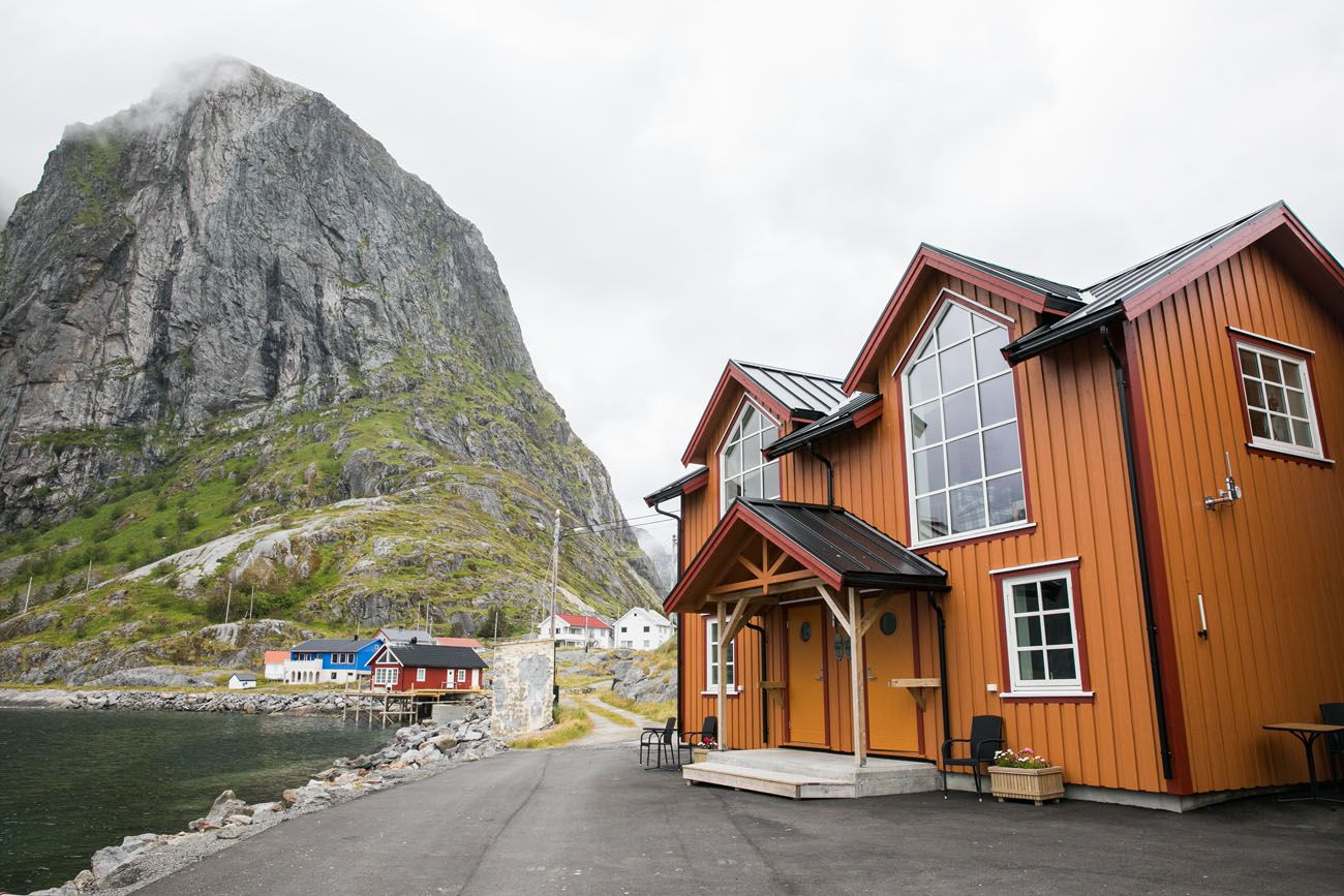Where to Stay in Reine