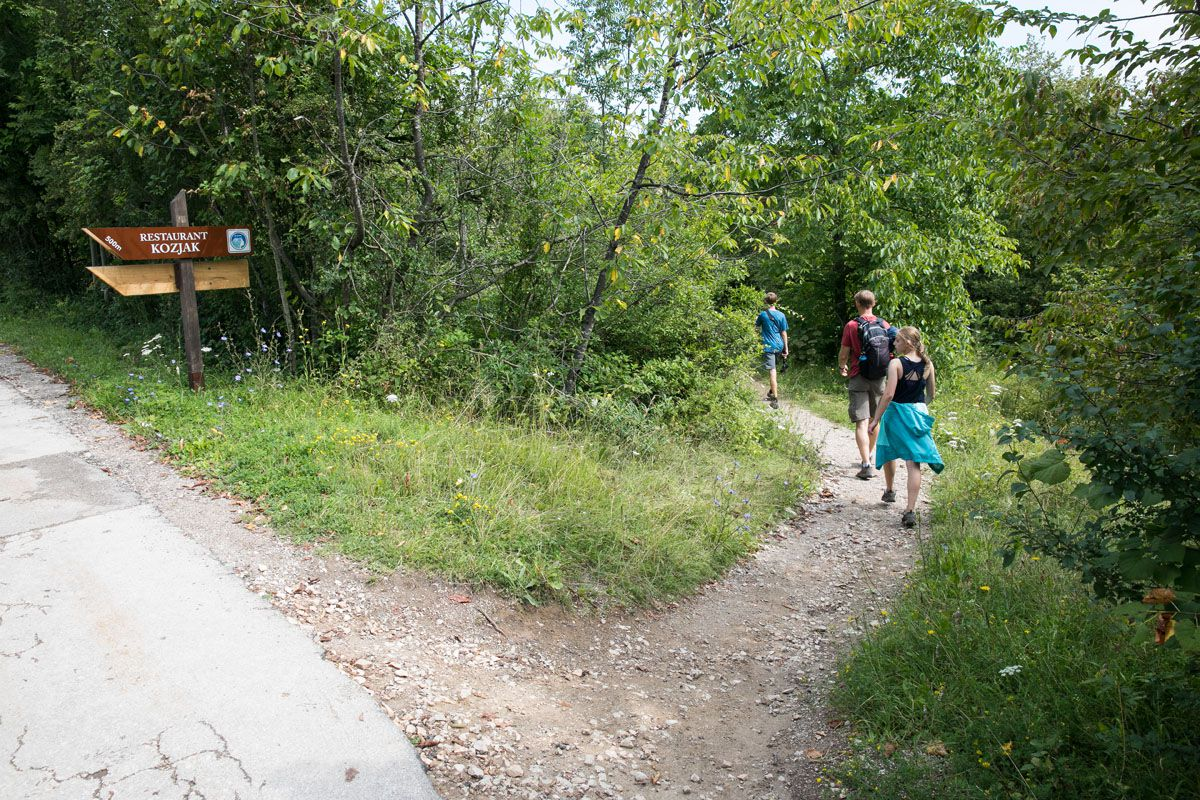 Trail to Veliki Slap View