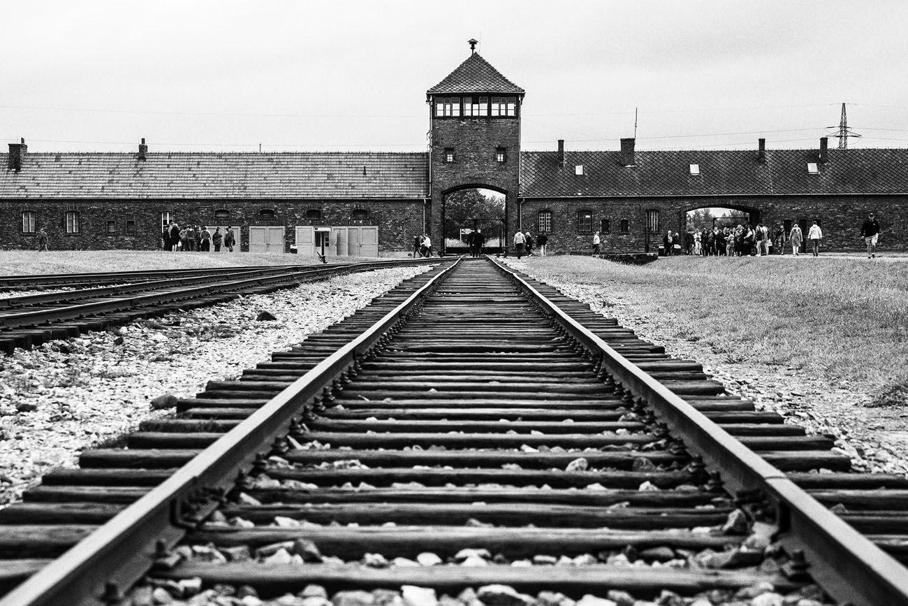 Auschwitz-Day-Trip.jpg.optimal ▷ 3 días en Cracovia: el itinerario perfecto para tu primera visita