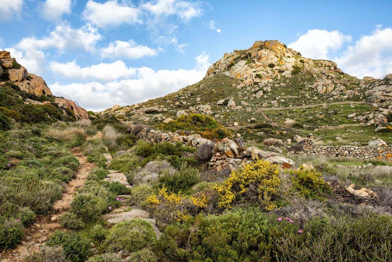 Hike Apano Kastro