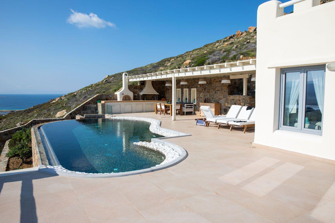 Naxos Rock Villas