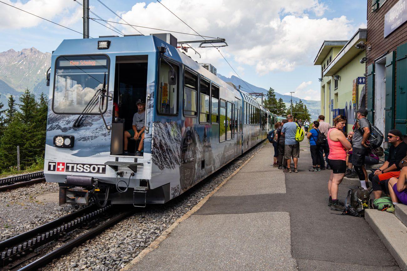 Alpiglen-Station.jpg.optimal ▷ Cómo caminar por el sendero Eiger en el Oberland bernés, Suiza