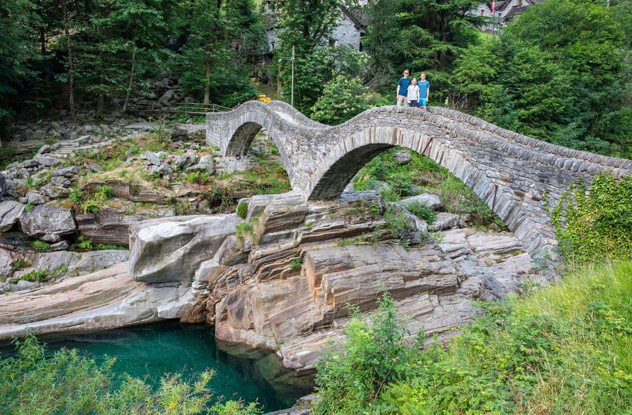 How to Visit Ponte dei Salti