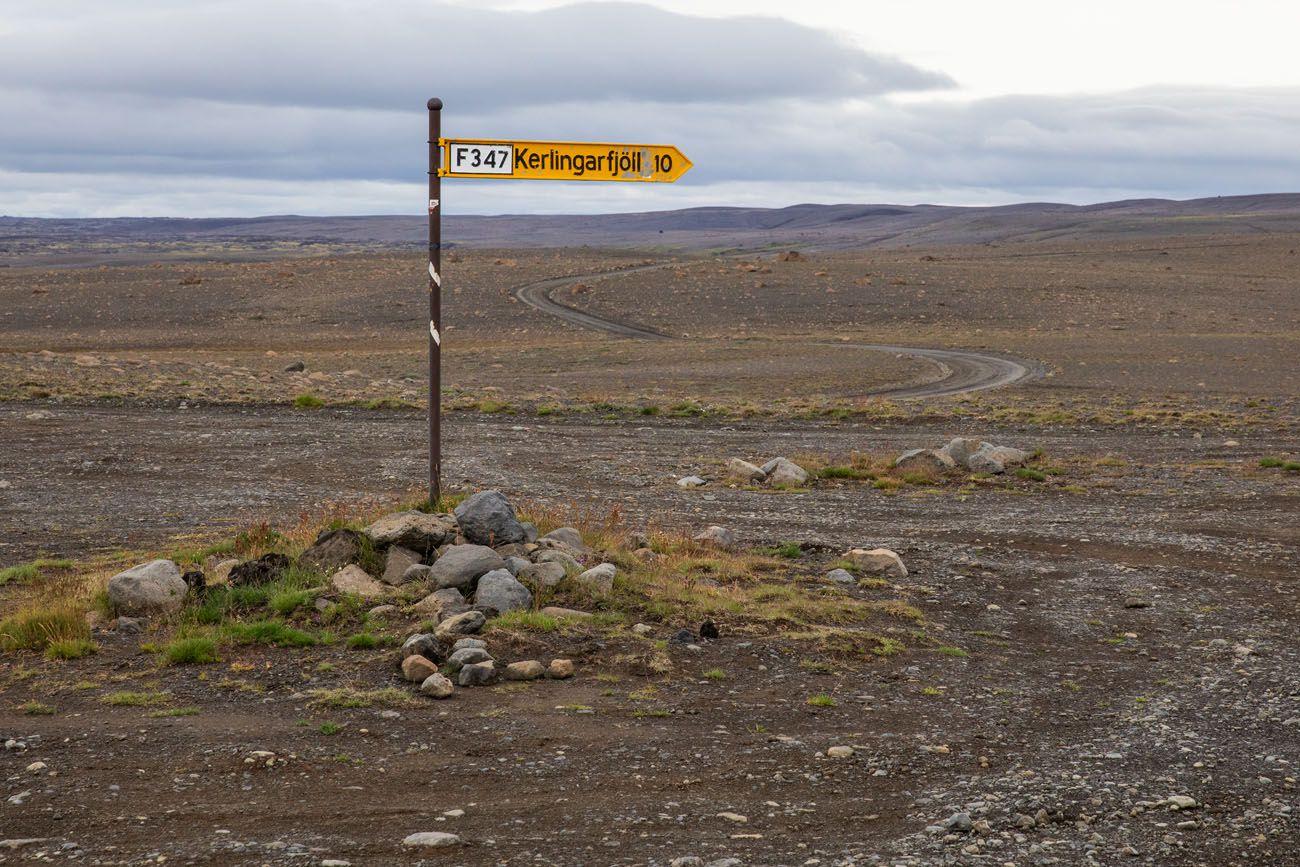 Kerlingarfjoll Road Sign