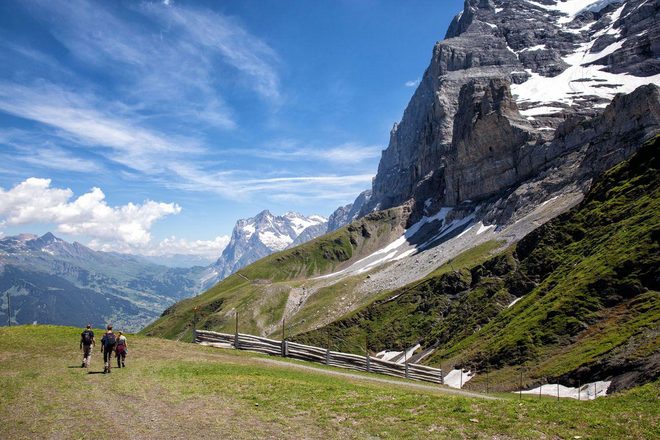 Start-of-the-HIke.jpg.optimal ▷ Cómo caminar por el sendero Eiger en el Oberland bernés, Suiza